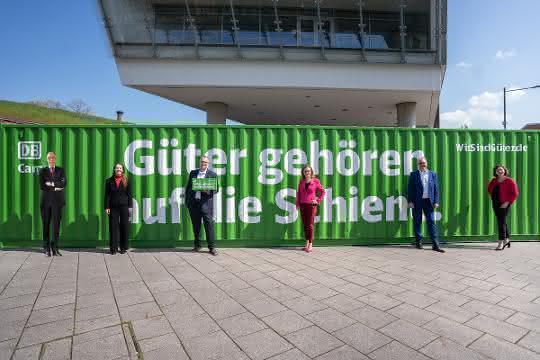 DB Cargo-Vorstand verspricht CO2-freie Bahnlogistik