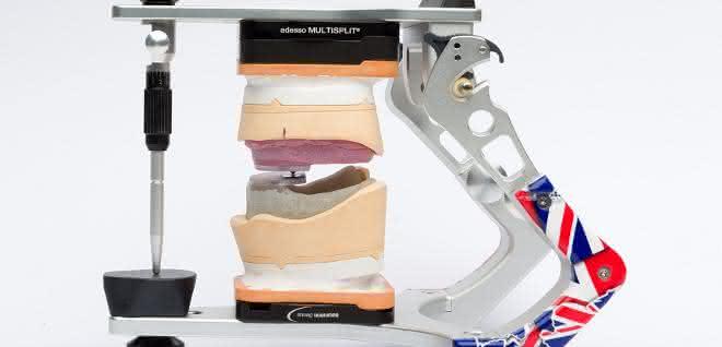 Kunststoff im Zahnlabor