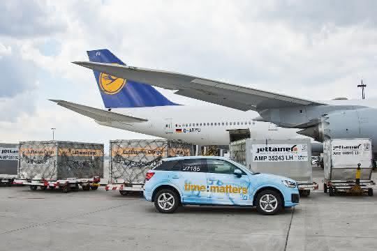Lufthansa Cargo befördert Hilfsgüter nach Indien