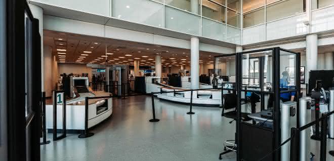 Röntgenstrecken von Vanderlande am Charlotte Douglas International Airport