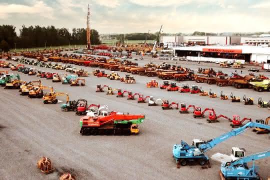 Baumaschinenauktionator verzeichnet hohe Nachfrage: Starke Nachfrage für gebrauchte Baumaschinen