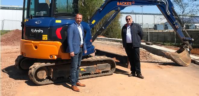Backes AG baut im Kompaktbaggerbereich auf Kubota