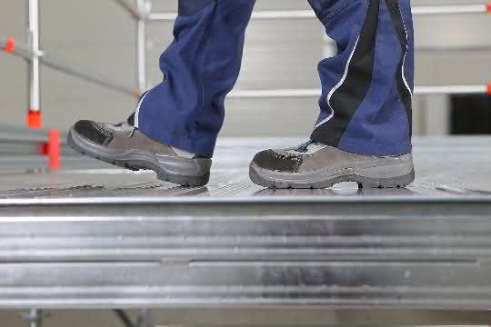 Gerüstsysteme: Ein Aluminiumboden für den sicheren Tritt