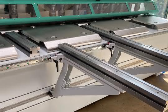 Vorderes Blechhandlings-Paket der Tafelschere HGR