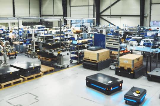Koch Industries setzt auf Mobile Industrial Robots
