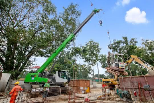 Ein 50-Tonner für Fernost: Sennebogen-Teleskopkran im Einsatz in Singapur