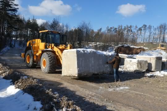 Bamberger Natursteinwerk testet Hyundai-Radlader
