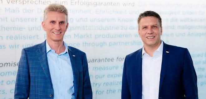 Ulrich Bartel, President der Coperion-Gruppe, und Markus Parzer, President der Polymer Division von Coperion.