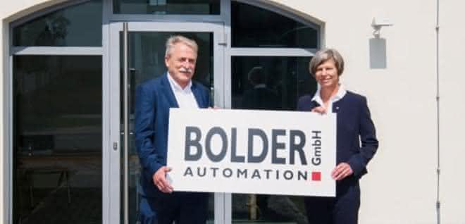 Sandra Füllsack, hier mit Dr. Georg Bolder