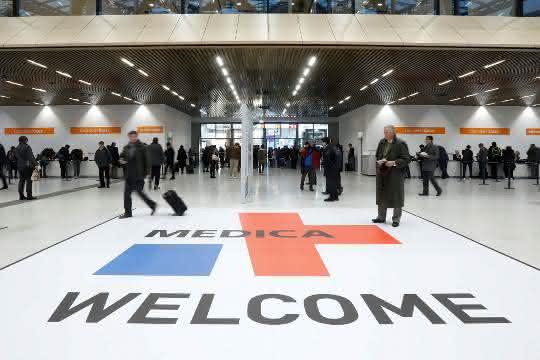Messe-Eingangsbereich der Medica