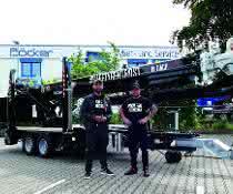 Fuhrpark erweitert: Anhängerkran: Dach PRO feiert Neuzugang