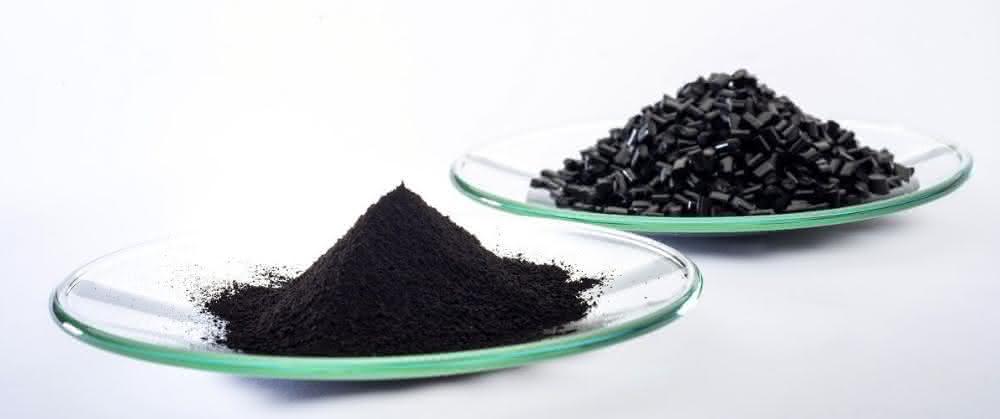 Schwarzpigment zur Einfärbung von schwarzem Kunststoff