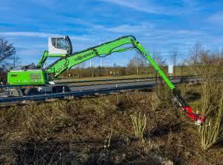 Neuer Fällbagger: Baumpflege mit Sennebogens E-Serie