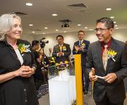 Renate Pilz und Denis Tan Chong Ghee