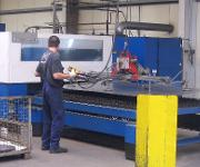 CNC-Technologie: 3D-Technik für große Umformteile