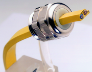 Elektrotechnik/Elektronik (ET): Spezielle Kabelverschraubungen
