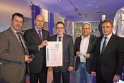 News: uvex Schutzbrille ist Produkt des Jahres 2012