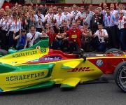 Boxengasse der Garage des Teams ABT Schaeffler Audi Sport